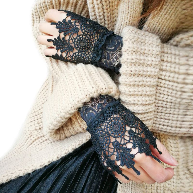 1Pair Women Girl Korean Style Fake Sleeves Cuffs Hollow Out Embroidered Crotchet Floral Lace Apparel Arm Warmers Wrist Decor