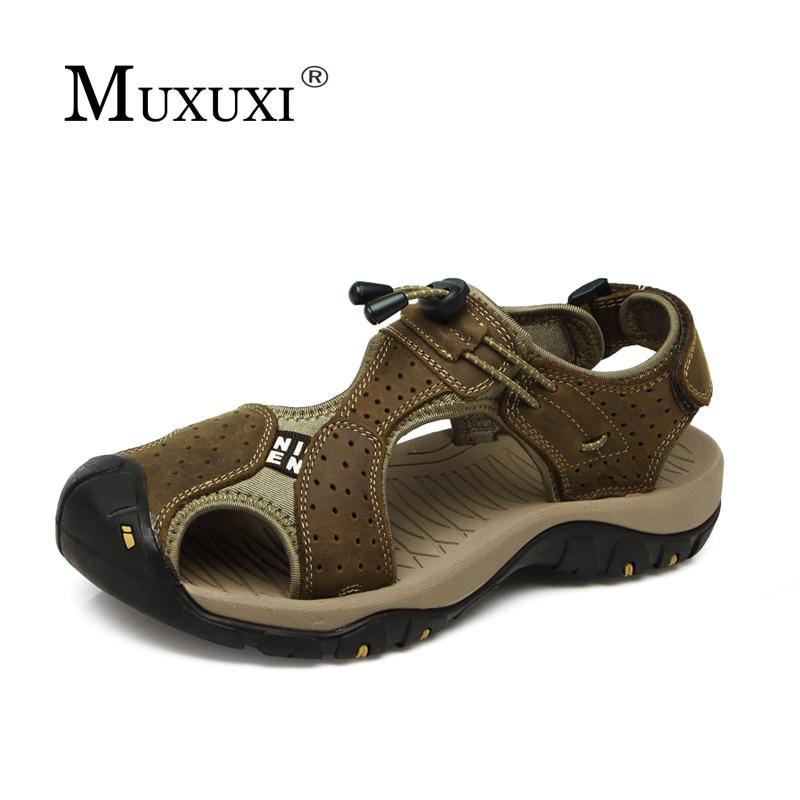 Toe Protect Muškarci Sandale Pravi Koža Soft Sole Casual cipele Visoka kvaliteta udobne Outdoor Beach Shoes Plus Veličina 38-46