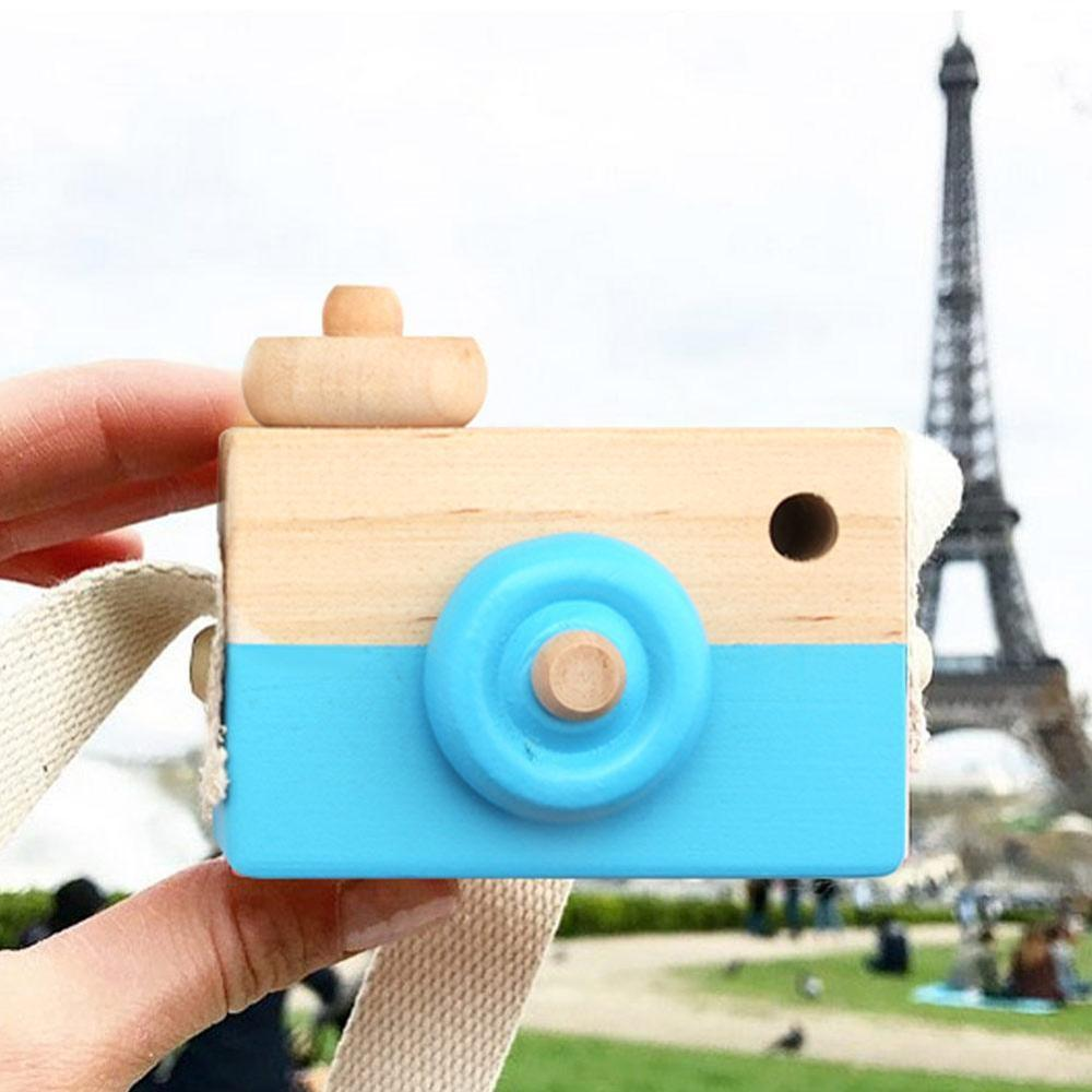 Купить с кэшбэком Cute Nordic Hanging Wooden Kids Camera Toys Child Camera Gift Room Decor Furnishing Articles Educational Kid Cameras Enfant Toy