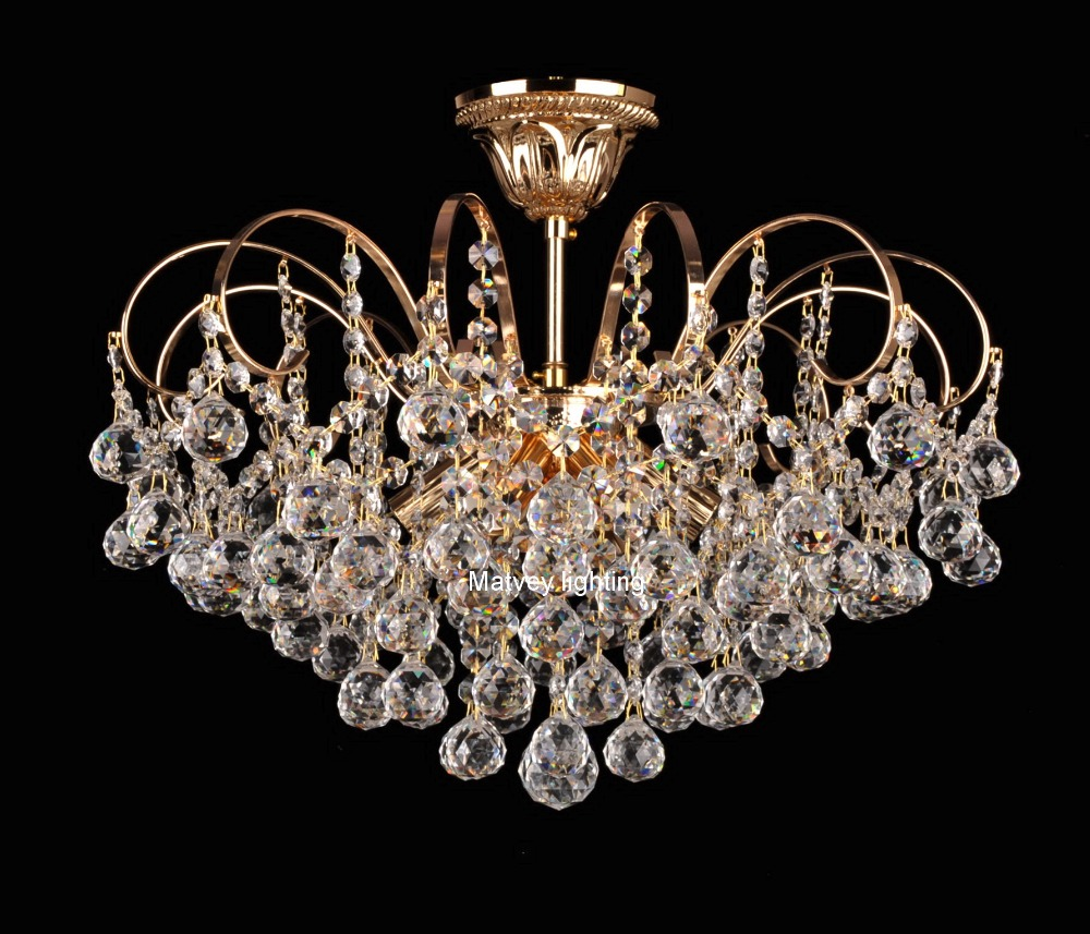 Modern crystal lamp classic crystal pendant  lamp french gold clear crystal italy style chandelier,ready-made for quick delivery minimalist style chandelier choice of color french gold and chrome crystal lamp crystal chandelier golden color is ready made