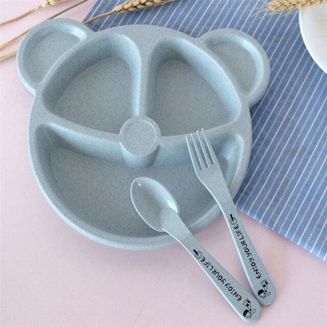 Bebê de Alimentação Tigela + Colher + Garfo Conjunto de Mesa Alimentos Dos Desenhos Animados Urso Crianças Trigo Comer Pratos de Jantar Anti-quente placa de copo de Treinamento palha