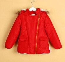 Розничная осень зима мальчики девочки ватные куртки дети с капюшоном меховой воротник пальто теплая детские ребенка хлопка-ватник мода верхняя одежда