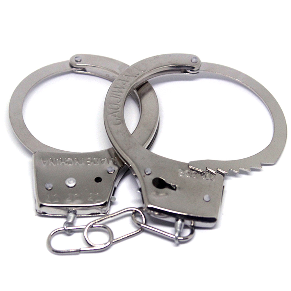 цена на Pretend Play Silver Metal HandCuffs With Keys Police Role Cosplay Tools Police Toy For Children Boy