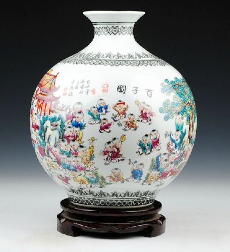 CHINESE PORCELAIN HAND PAINTED CHILDREN'S PLAYING VASE
