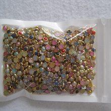 Mini perles à rivets de 4mm, 1000 pièces, mélange de couleurs, avec jantes d'accent dorées, 3D Nail Art, gemmes bling-bling, résine acrylique à dos plat