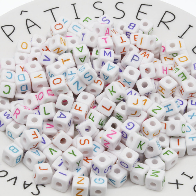 100Pcs 10mm Letter Beads  Random Mixed Cubic Acrylic Beads White Alphabet Beads 10mm faceted beads For DIY Necklace