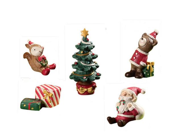 Christmas Tree Bear Santa Claus Squirrel Gift Miniature Figurine Decoration  Resin Craft Toy Ornaments