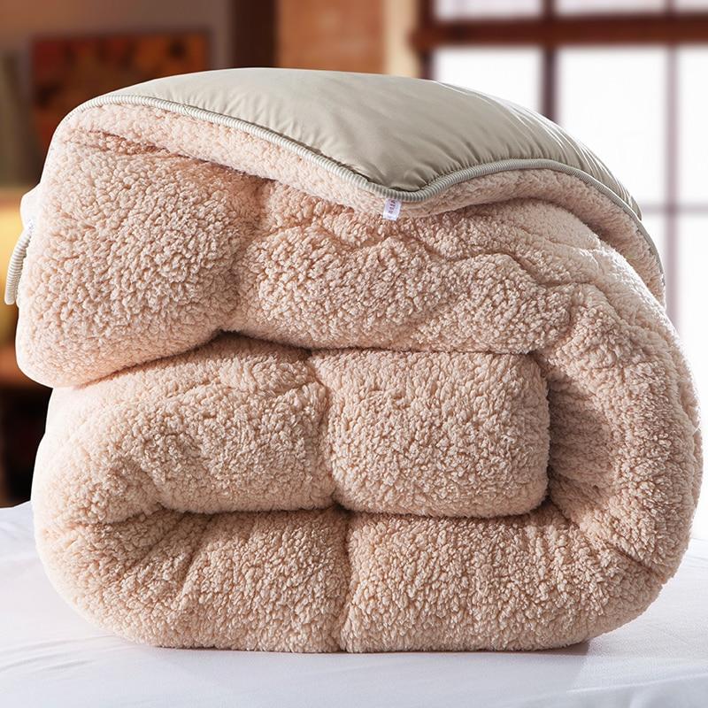 Winter qulit 200*230cm 3.5kgs blanket camel Fleece comforter doona edredon thick blanket duvet colcha comoforter bedspreadWinter qulit 200*230cm 3.5kgs blanket camel Fleece comforter doona edredon thick blanket duvet colcha comoforter bedspread