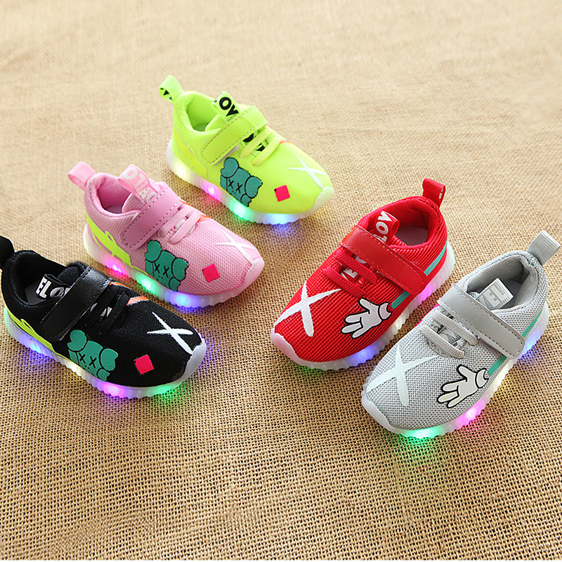 Mesh breathable LED lighting up children girls boys shoes cartoon Lovely cute kids sneakers Patchwork glowing baby footwear patchwork led shoes sneakers