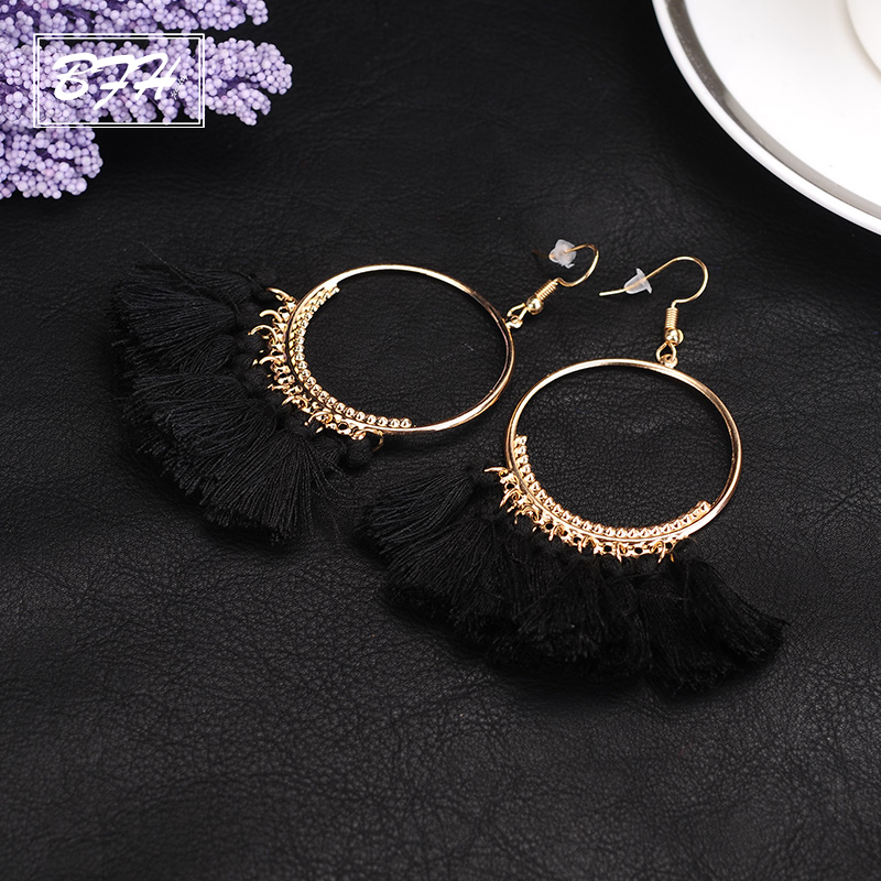 BFH Fashion Charm Large Circle Tassel Drop Earrings for Women Girl Wedding Party Bohemian Long Earring Jewelry Gift Wholesale alloy bead chain circle drop earrings