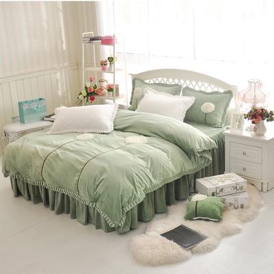 black suede bedding Princess Lace Wedding coral fleece velvet warm winter bed skirt four pieces A sets