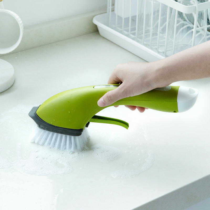 050 Kitchen cleaning brush Anti skid long handle automatically add detergent spray water clean brush pan brush 30 9 10cm in Cleaning Brushes from Home Garden