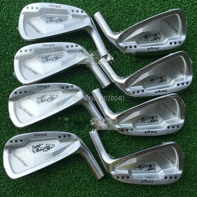 Main droite Golf Clubs De Danse Avec Dragon Fer Forgé Set Silve/noir Golf Forged Fers 3-9Pw Golf Chef Aucune arbre