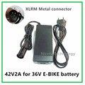 42V2A bicicleta eléctrica cargador de batería de litio de 36 V batería de litio XLRM Conector/conector de buena calidad