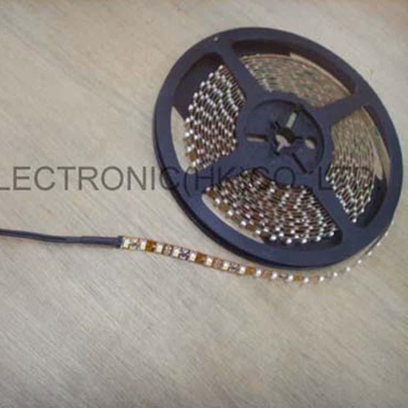 Vysoce kvalitní 3528 SMD DC12V led flex strip 60ks / m, led měkký - LED Osvětlení