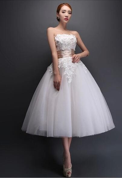 2016 Vintage Vestido De Noiva Sweetheart Tea Length White  Champagne Red Lace Tulle Ball Gown Informal Short Wedding Gowns