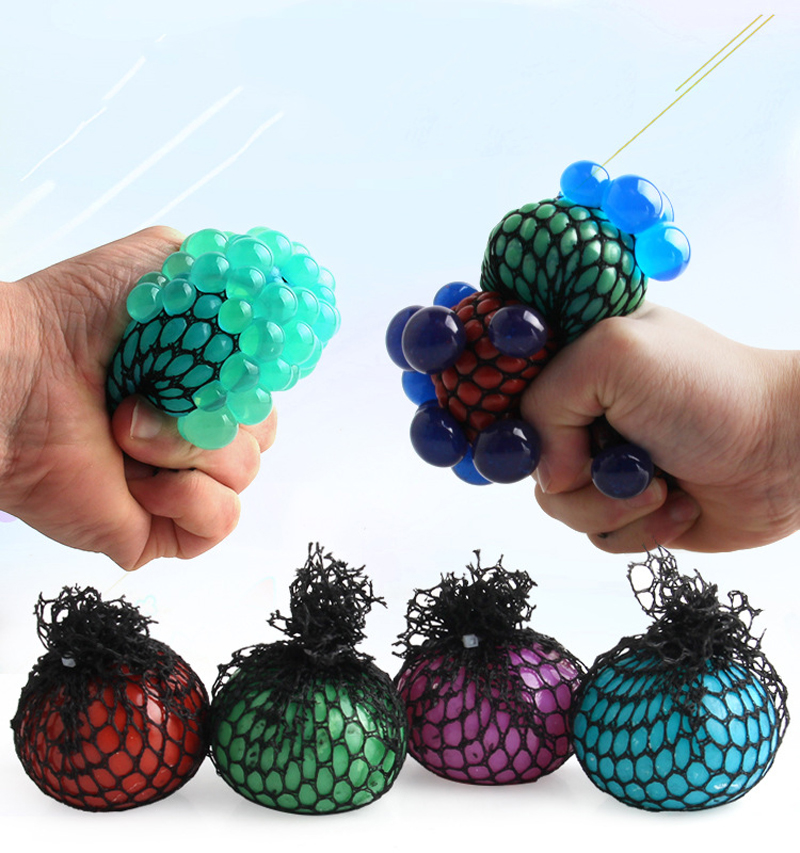 Lucu Squeeze Grape Bola Squishy Toy Anti Stres Reliever Autism - Mainan lucu - Foto 2