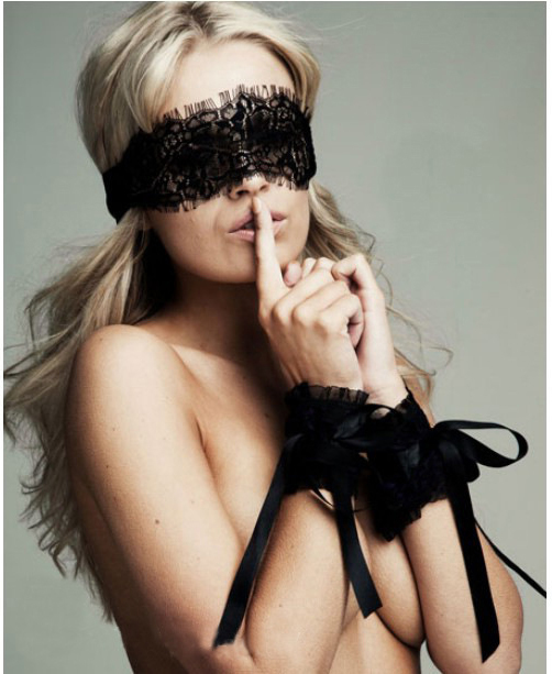 Lace Eye Mask and Hand Wrap Set