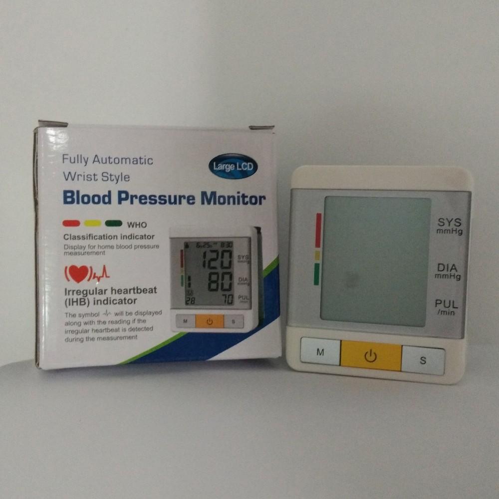 AOEOM Household Health Monitor , Portable Digital Wrist Blood Pressure Pulse Monitor Sphygmomanometer tonometer For Health Care 18