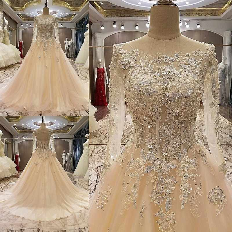 2018 Long Sleeves Women Ball Gowns Long Evening Dresses Appliques Crystals Engagement  Dress Formal Gown Tulle da8927af160e