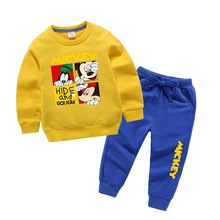 Модный тренд, Новогодняя одежда для мальчиков и девочек осенне-зимний детский комплект со свитером с Микки и Минни, Детский костюм детский комплект из двух предметов