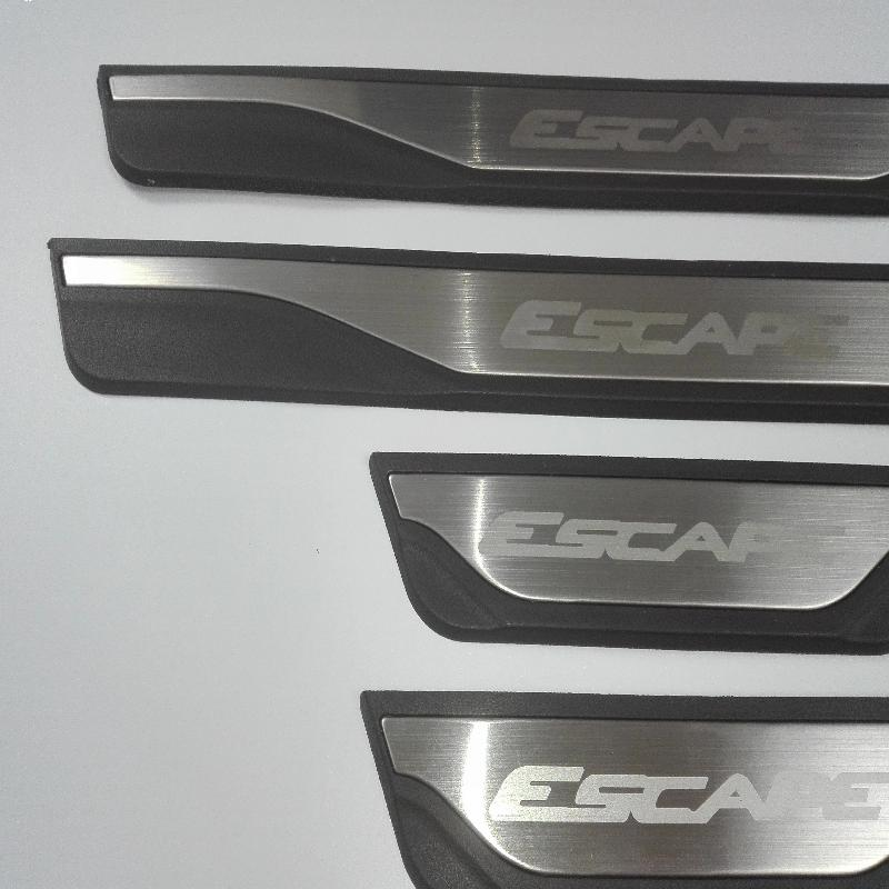 Car Styling Stainless Steel Door Sill Scuff Plate Pedal Trim guards for ford escape Accessories 2014 2015 2016 2017 Car Sticker