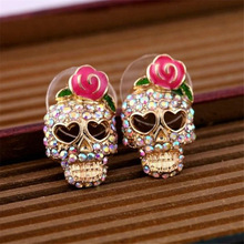 2017 New Arrivals European and American Fashion Roses Skull Head Brincos Oorbellen Colored Crystal Stud Earrings Women Jewelry