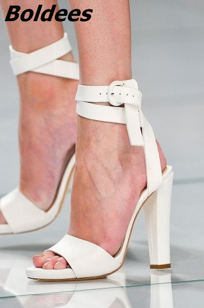 Concise Buckle Style Block Heel Sandals Fancy White PU Leather Open Toe Ankle Wrap Chunky Heel Dress Sandals Hot Selling hot selling pleated bling woman sandals fashion high heel slipper open toe slide dress sandals concise comfortable sandals