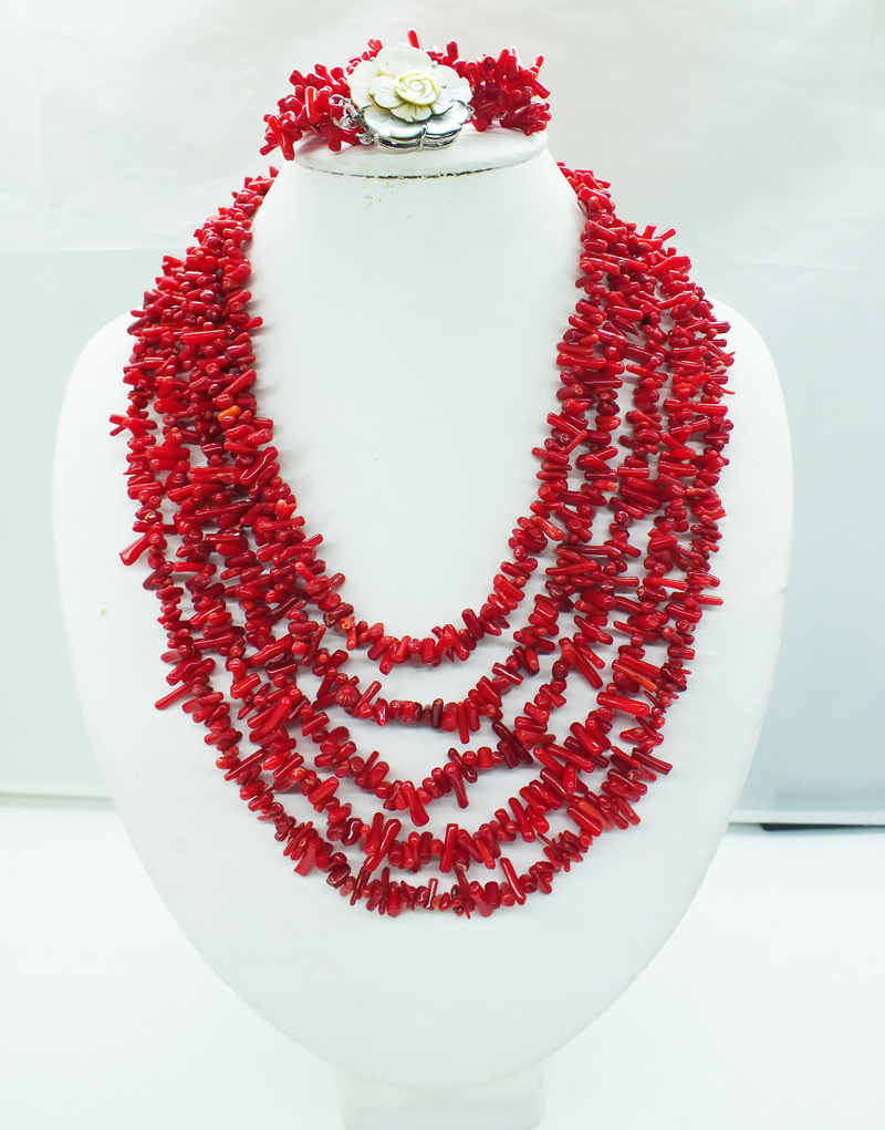 Classic red coral necklace Hand catenary