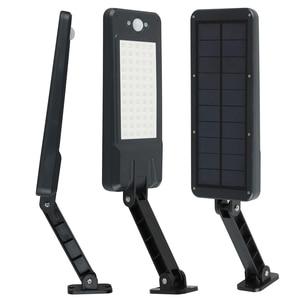 Image 2 - Luces solares de 900LM con Sensor de movimiento PIR, lámpara de pared de 60 LED con Control remoto, lámpara alimentada por energía Solar impermeable para patio de jardín exterior
