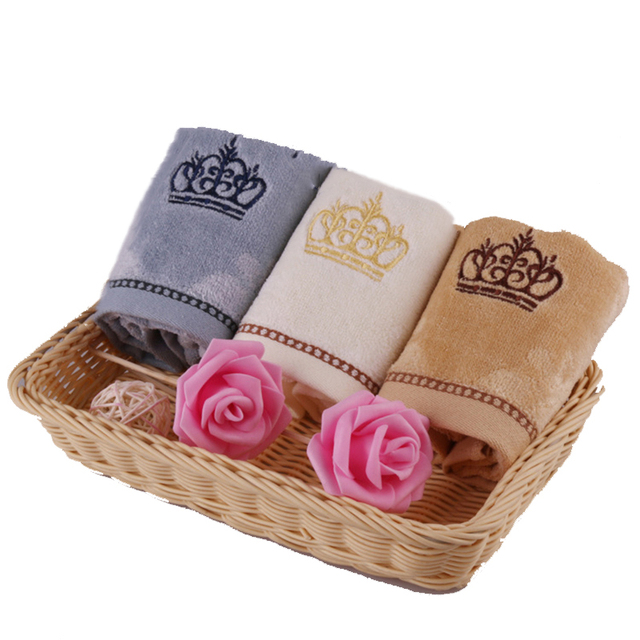 34*34cm Hand Towel Embroidery Crown Towel Cotton Bath Kitchen Towels Mini Drying Hair Towels