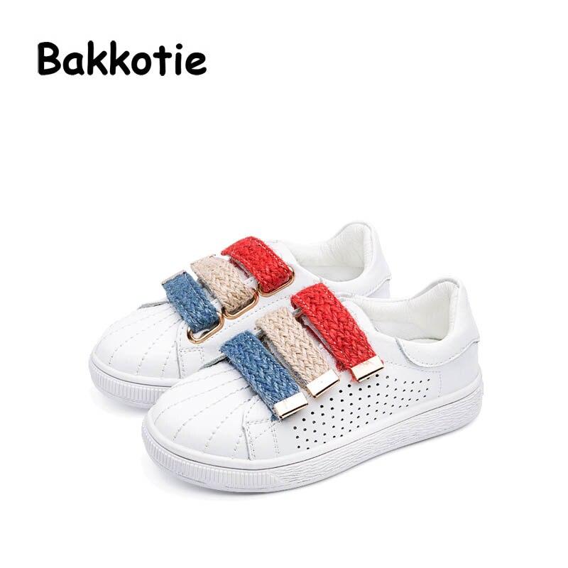 f7a650a23bb213 Bakkotie 2017 Nieuwe Herfst Kinderen Baby Boy Merk Witte Schoenen Lederen  kid Meisje Leisure Sneaker Ademend Zwarte Zachte Zool in Bakkotie 2017  Nieuwe ...