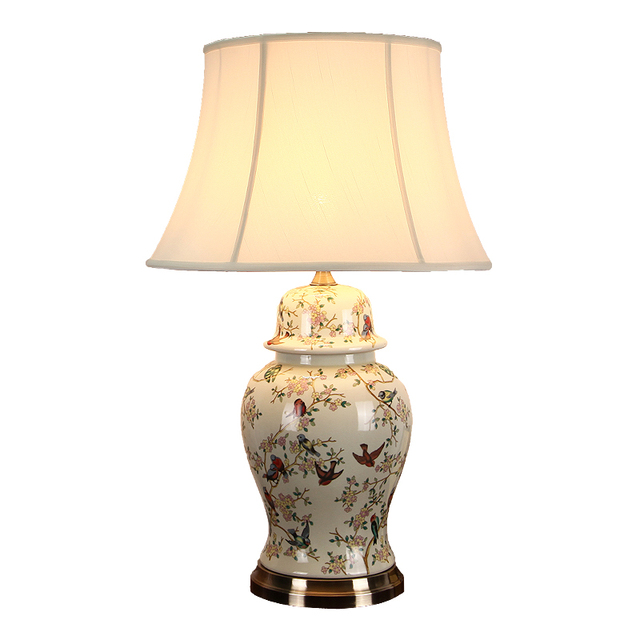 Chinese Large Classical Ceramic Fabric E27 Table Lamp For Living