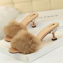 2019 Summer Womens Slippers Fashion Fluffy Fur Decorative Open Toe 6CM High Heel Sandals Women