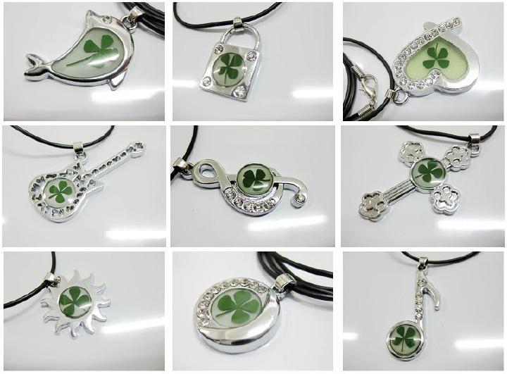 Envío Gratis 48 piezas mezcla elegante collar de trébol de cuatro hojas forma de tótem Vogue muestra de planta real-in Collares colgantes from Joyería y accesorios    3