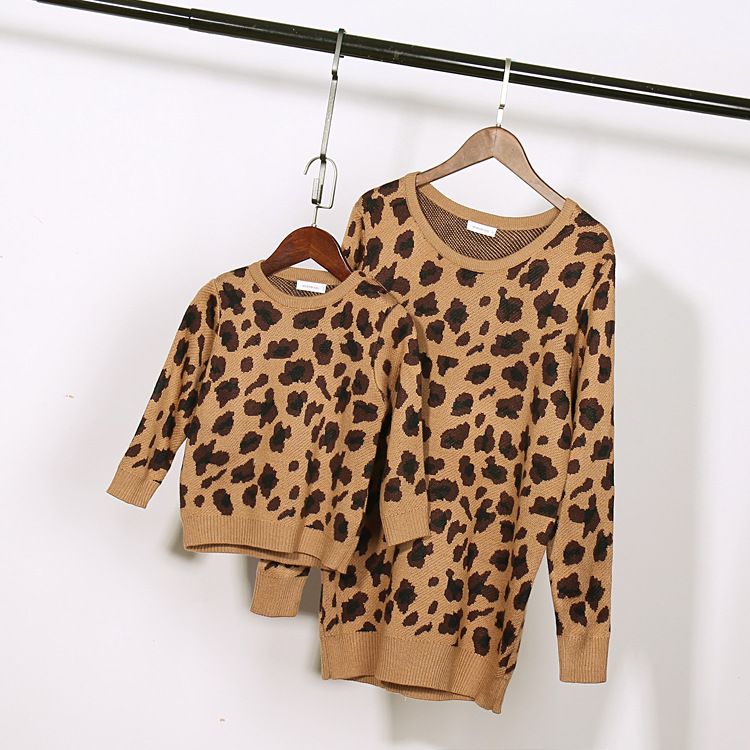 2015 new fashion matching mother daughter son clothes autumn winter baby girls boys leopard sweaters family match clothes ...