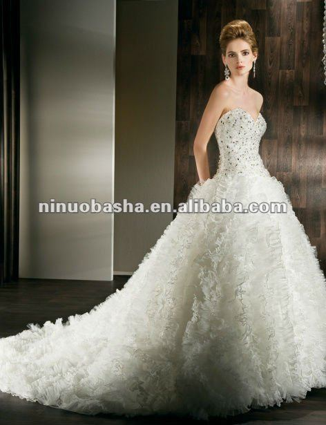 Aliexpress.com : Buy Ball Gown wedding dress 2013 from Reliable ...