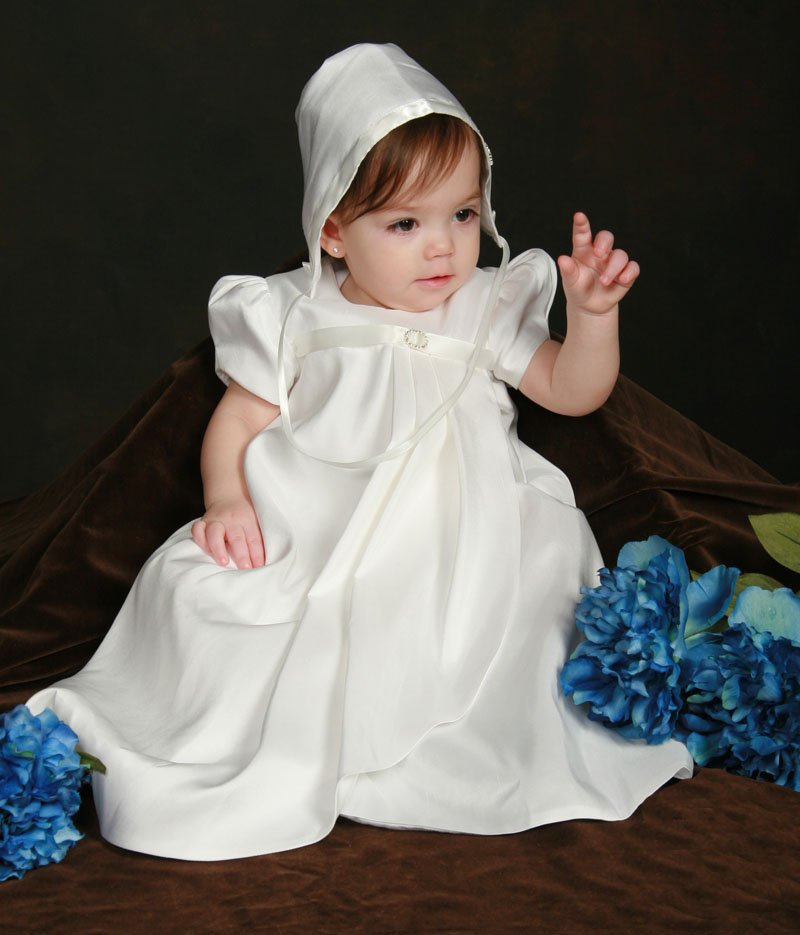 Vestido largo o corto para bautizo