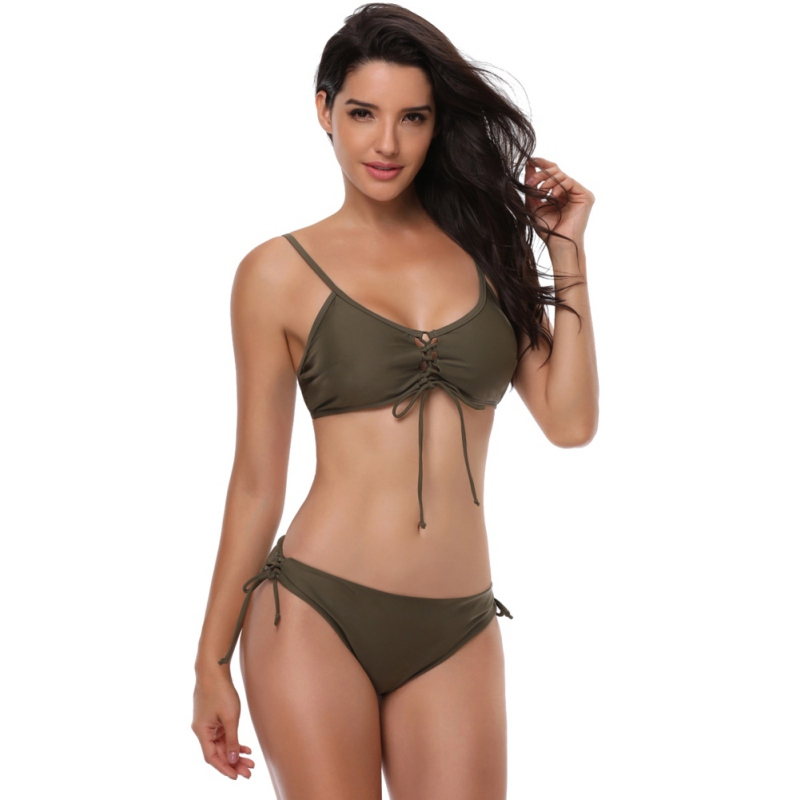 Europe and the United States ladies sexy swimming and entertainment split swimsuit strap low waist bikini