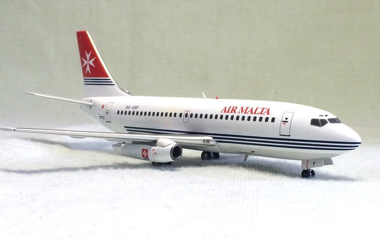 Inflight 200 1: 200 Air Malta Boeing 737-200 Alloy aircraft model 9h-abf Limited Collector Model bbox200 1 200 american frontier airlines boeing 737 200 aircraft model n1pc alloy collection model