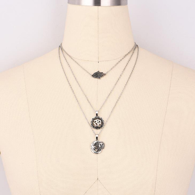 Double Horn Necklace...