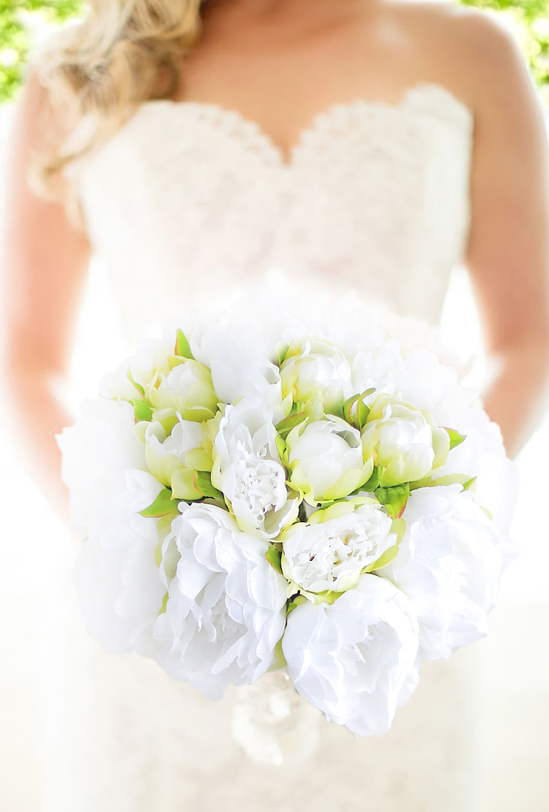 Iffo New Handmade White Green Peony Bouquet Wedding Bride Bouquet