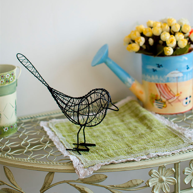 Metal Wire Bird Shaped Figurine