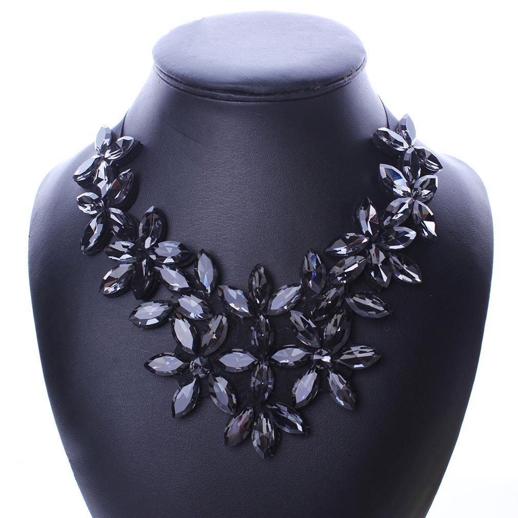 Fashion Jewelry Women Large Crystal Flower Choker Chunky Statement Bib Necklace