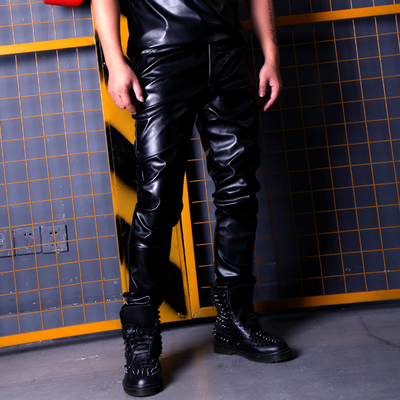 Personnalisé homme mode chanteur danseur Hip Hop Rock Style Slim Fit PU cuir pantalon hommes décontracté cuir moto pantalon