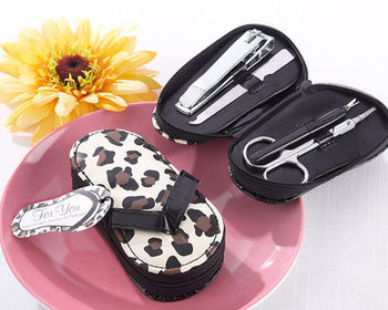 wedding bridal shower favors gift for guest -- Cheetah Chic Flip Flop Pedicure Kit party favor giveaways 20sets/lot