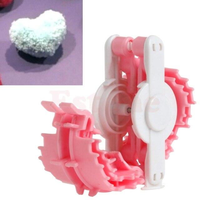 Сердце Форма pom чайник Пух Мяч Уивер маленьких Вязание craf инструмента Малый 50 мм