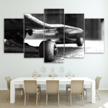 Modular Canvas Pictures Home Decor 5 Pieces Skateboard Black And White Painting HD Prints Poster Living Room Wall Art Framework