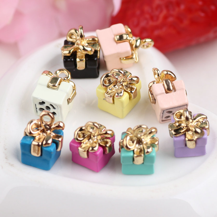 Wholesale 100PCS 3D Birthday Gift Box DIY Charms Fashion Phone Chain Keyring Handbag Necklace Bracelet Enamel