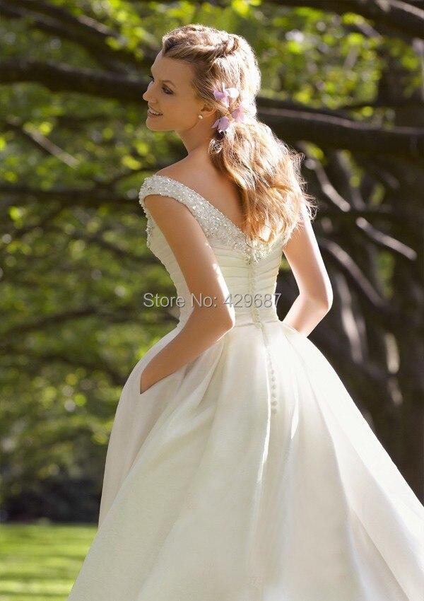 Aliexpress Buy Custom Made Beach Wedding Dresses 2017 Beaded V Neck Cheap Bridal Gown A Line Tea Length Short Vintage UM115 From